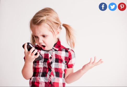 Cho con chơi điện thoại nhiều, cha mẹ rồi sẽ hối hận khi lâm vào cảnh này-2