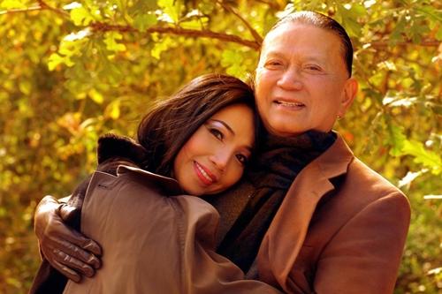 Từng sống hạnh phúc là thế nhưng khi chồng qua đời, các sao việt này đã vượt qua nỗi đau khổ ra sao?-24