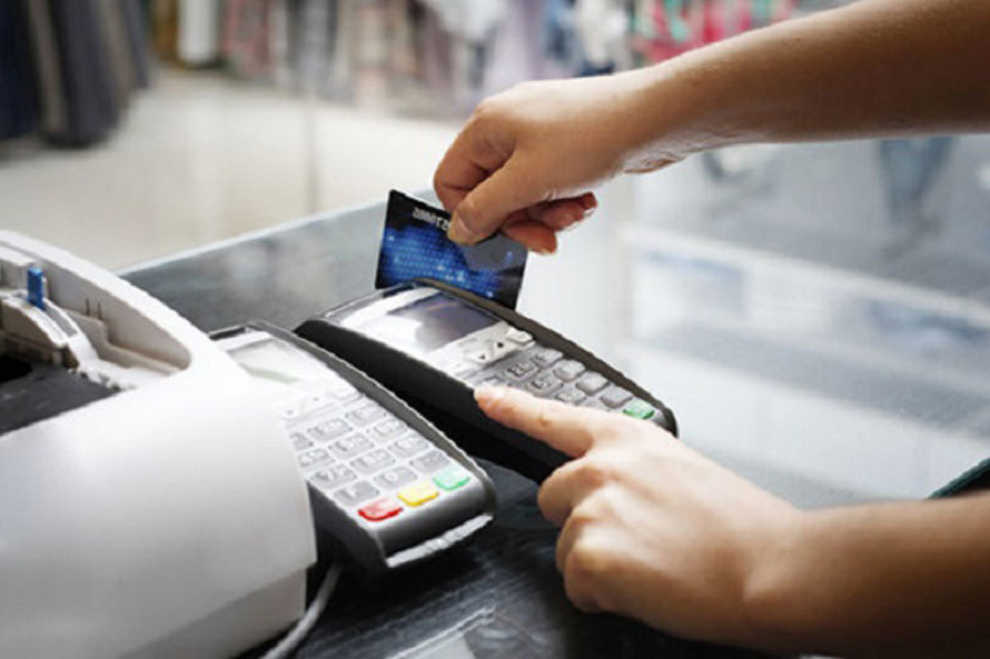 Hàng triệu người phải làm lại thẻ ATM: Tiền trong tài khoản ra sao?-1