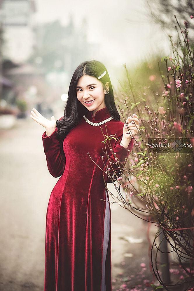 Thanh Bi tung ảnh áo dài xinh đẹp đón Tết-6