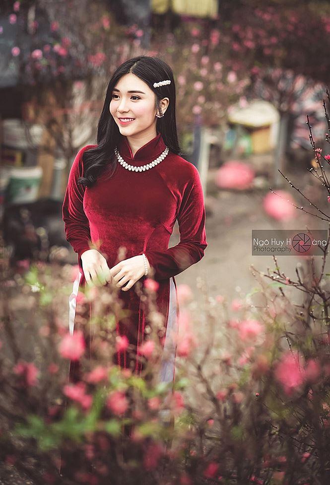 Thanh Bi tung ảnh áo dài xinh đẹp đón Tết-7