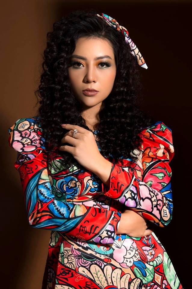 Diễn viên Thanh Hương khác lạ với style áo dài, tóc xù trong bộ ảnh đón Tết-16
