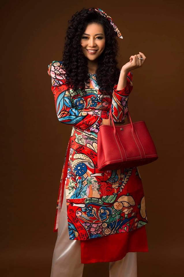 Diễn viên Thanh Hương khác lạ với style áo dài, tóc xù trong bộ ảnh đón Tết-2