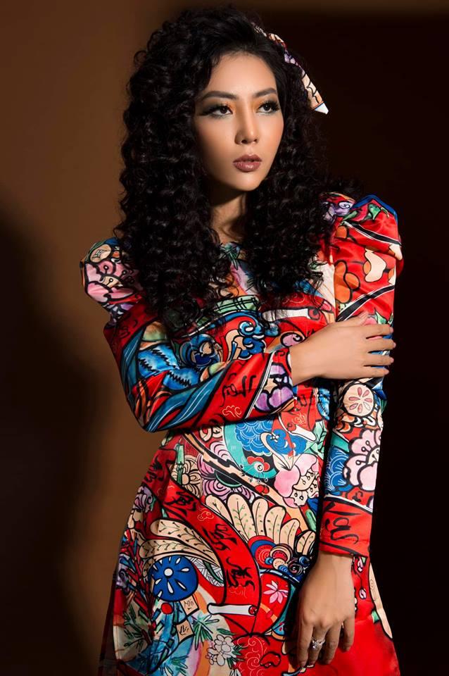 Diễn viên Thanh Hương khác lạ với style áo dài, tóc xù trong bộ ảnh đón Tết-4
