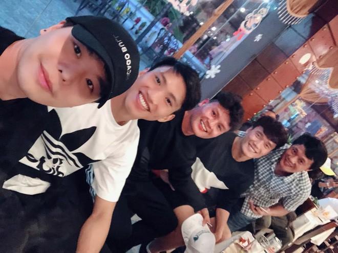 Clip HOT: Trịnh Thăng Bình lập nhóm nhạc cùng 2 cầu thủ Quang Hải và Duy Mạnh, khoe giọng với hit Người Ấy-1