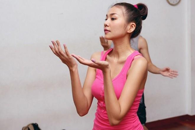 Ngắm mặt mộc không son phấn của dàn Hoa hậu Việt tuổi Hợi-4