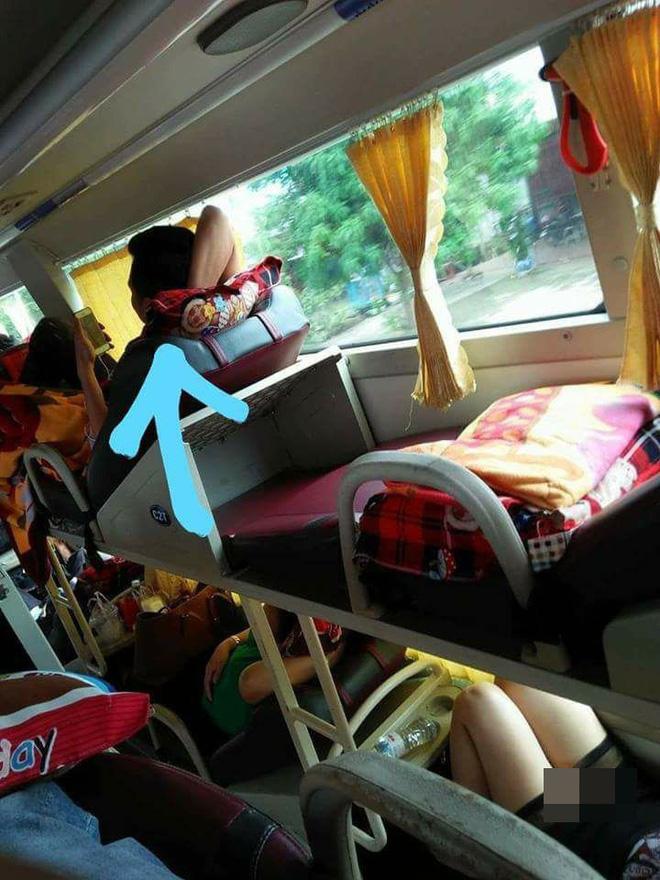 Những hình ảnh hớ hênh, nhức mắt trên các chuyến xe về quê ăn Tết khiến dân mạng ngao ngán-3