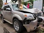 Tai nạn kinh hoàng mùng 1 Tết: Đi du xuân với gia đình, bé gái bị tàu lượn kéo lê vỡ gan lách nguy kịch-4