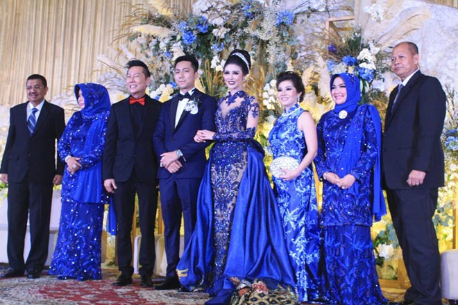 Hoa hậu đẹp nhất thế giới năm 2016 lộng lẫy hút hồn trong đám cưới với con trai cựu thống đốc-5