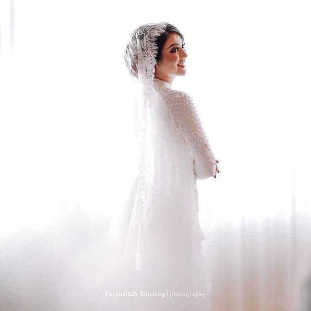 Hoa hậu đẹp nhất thế giới năm 2016 lộng lẫy hút hồn trong đám cưới với con trai cựu thống đốc-11