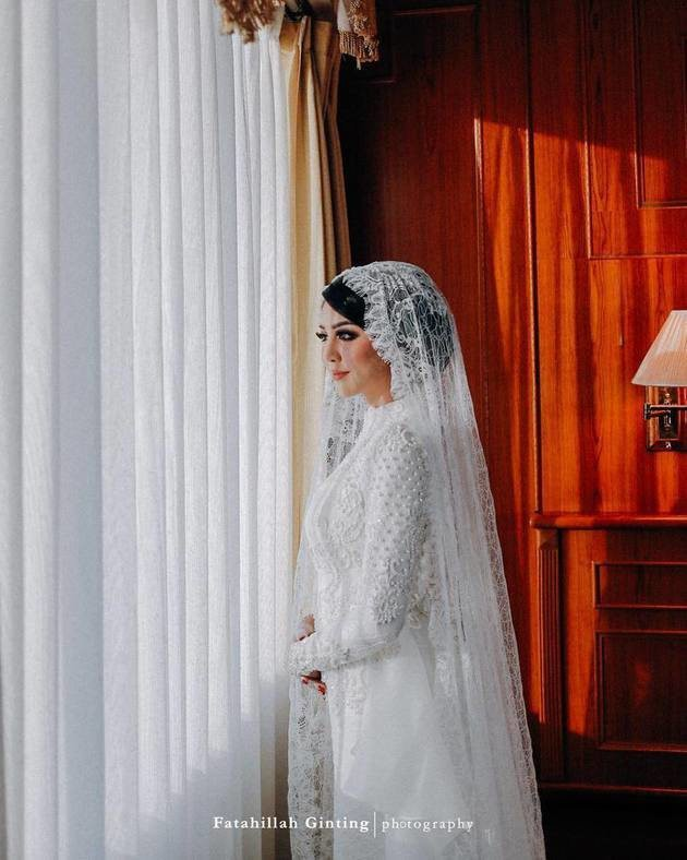 Hoa hậu đẹp nhất thế giới năm 2016 lộng lẫy hút hồn trong đám cưới với con trai cựu thống đốc-12