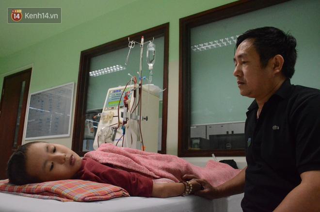 Xót lòng những đứa trẻ phải đón tết trước cổng bệnh viện ở Hà Nội: Nhắc đến quê nhà lại ứa nước mắt vì nhớ-4