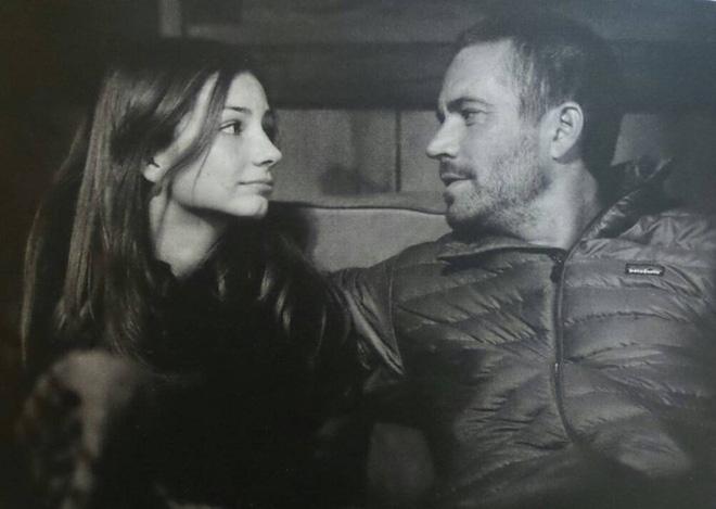 Con gái Paul Walker 5 năm sau ngày mất cha: Thành người mẫu nóng bỏng, thay cha làm điều dang dở-1