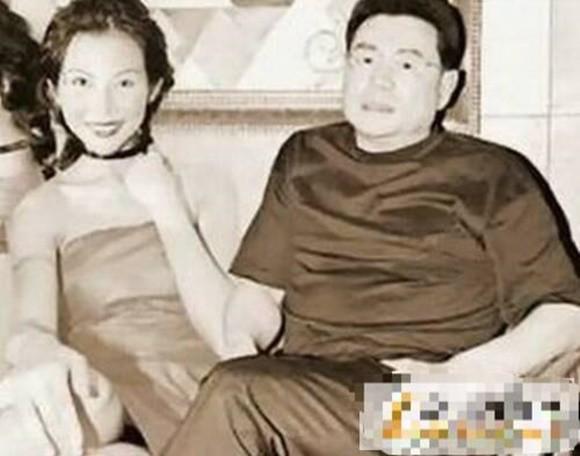 Á hậu đẹp nhất Hong Kong: Bị mẹ ruột ép bán thân, lấy chồng thấp kém vẫn hạnh phúc viên mãn-5