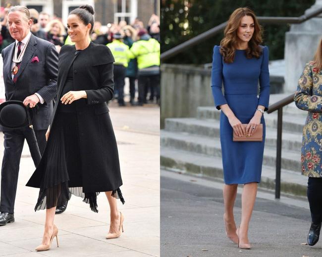 Có khi chị em dâu Kate và Meghan lại chẳng hề bất hòa, vì họ chăm diện giày đôi thế này cơ mà!-11