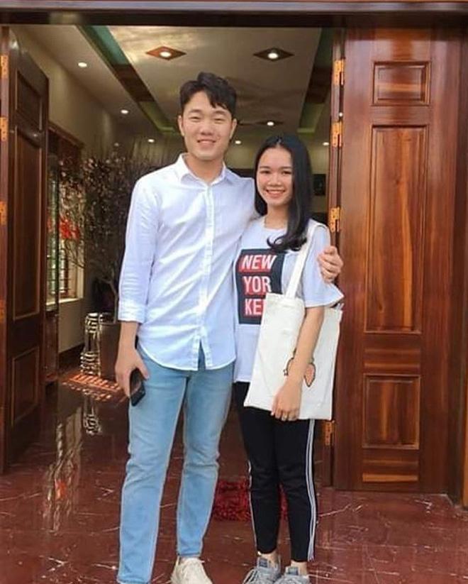 Trang phục Tết của cầu thủ Việt Nam: người cool ngầu, người giản dị-3