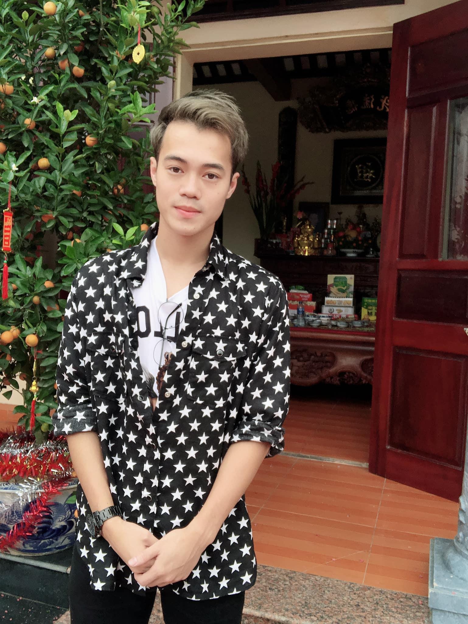 Trang phục Tết của cầu thủ Việt Nam: người cool ngầu, người giản dị-9
