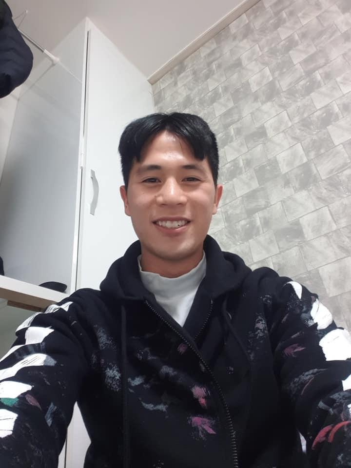 Trang phục Tết của cầu thủ Việt Nam: người cool ngầu, người giản dị-12