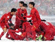Nhìn lại một năm đại cát của bóng đá Việt Nam