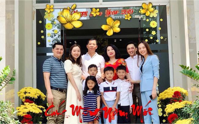 Hãy nhìn hành động của Đàm Thu Trang với Subeo trong bức ảnh đoàn tụ cùng đại gia đình nhà Cường Đô La-1