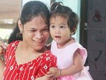 Cuộc sống đổi thay của người mẹ điên từng bị hiếp dâm đến sinh con ở Trà Vinh: Căn nhà nhỏ đã tràn ngập tiếng cười-17