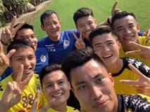 Lấy may đầu năm, cầu thủ Hà Nội FC tập khai xuân ngay trong mùng 2 Tết