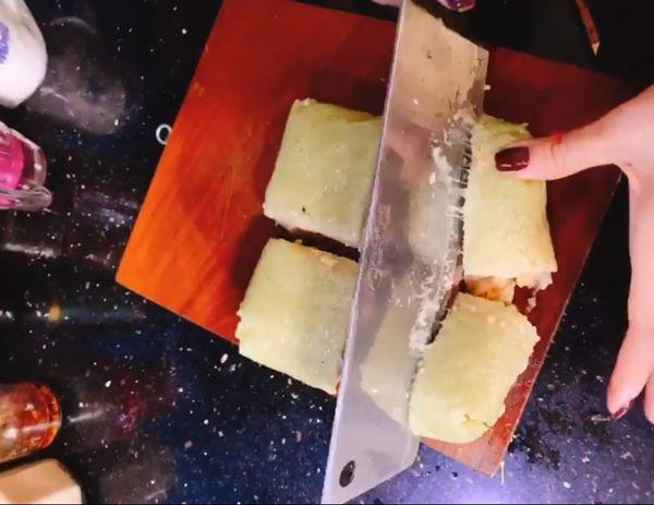 """Cả đời không ăn nổi một miếng bánh chưng, vừa mang rán với nước lọc đã bay vèo"""" cả cái-1"""