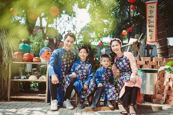 Khoảnh khắc đón Tết cùng nhau của các cặp đôi Sao Việt: Mỗi cây mỗi hoa, mỗi nhà mỗi cảnh-5