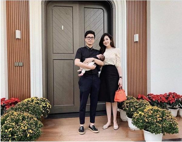 Khoảnh khắc đón Tết cùng nhau của các cặp đôi Sao Việt: Mỗi cây mỗi hoa, mỗi nhà mỗi cảnh-9