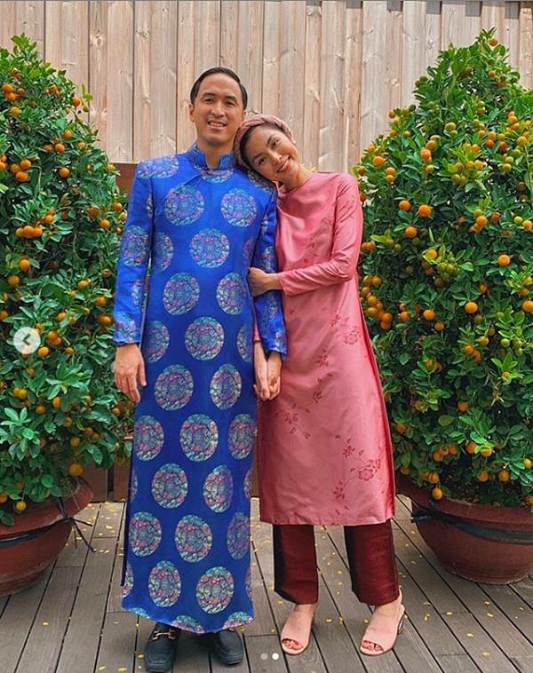 Khoảnh khắc đón Tết cùng nhau của các cặp đôi Sao Việt: Mỗi cây mỗi hoa, mỗi nhà mỗi cảnh-10