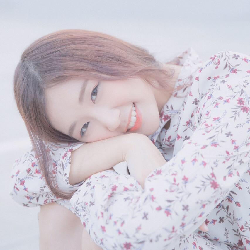 Không chỉ đàn giỏi hát hay, ngoại hình cực phẩm của cô gái này khiến cộng đồng mạng Việt chao đảo-1