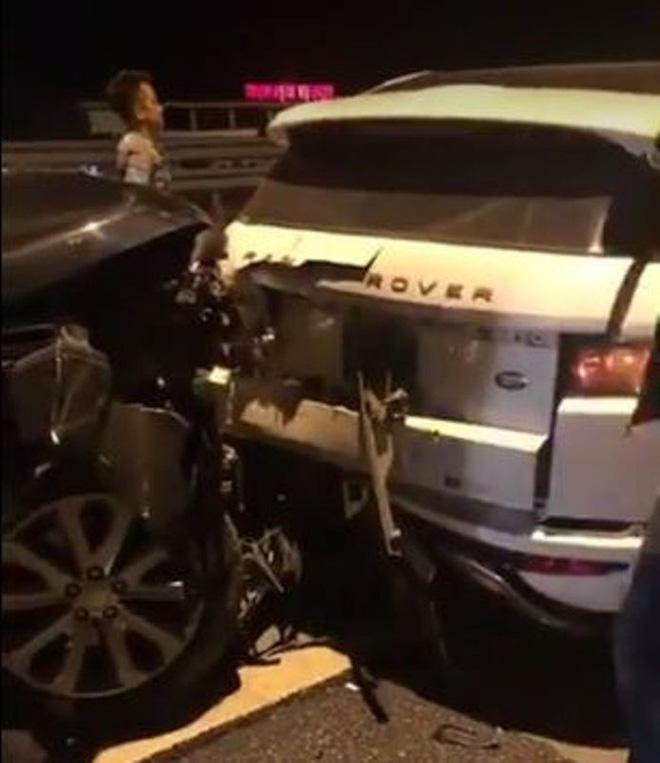 Vụ 2 xe Range Rover va chạm trên cao tốc Hà Nội - Hải Phòng: Trang phục của người phụ nữ bỗng gây chú ý-1