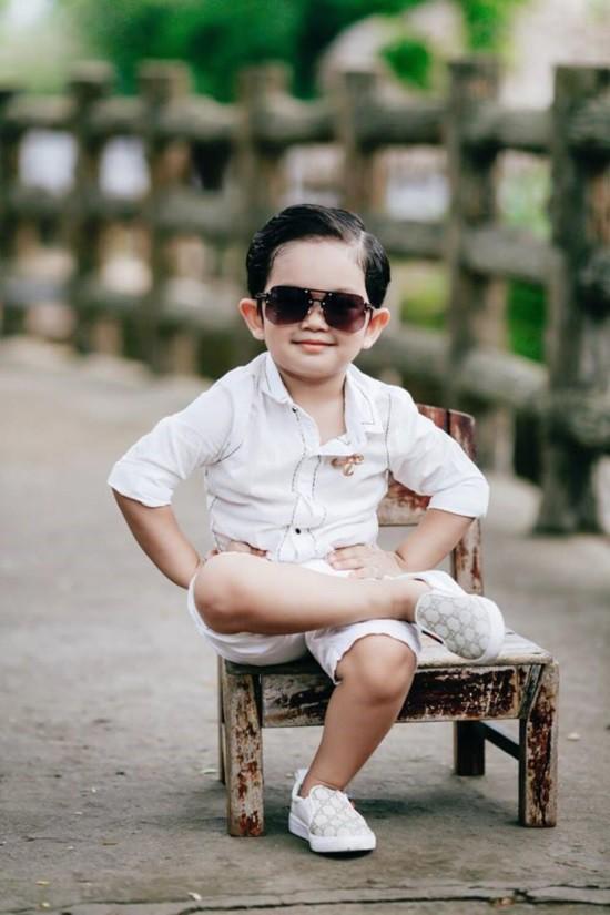Mới hơn 3 tuổi nhưng Kubi nhà Khánh Thi đã sở hữu loạt đồ hiệu trị giá hàng trăm triệu-11