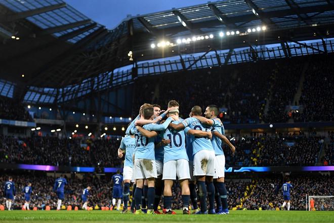 Đè bẹp Chelsea 6-0, Man City trở lại ngôi đầu Premier League-2