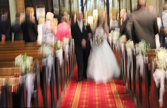200 cặp vợ chồng kiện công ty này vì chụp ảnh cưới quá xấu-2