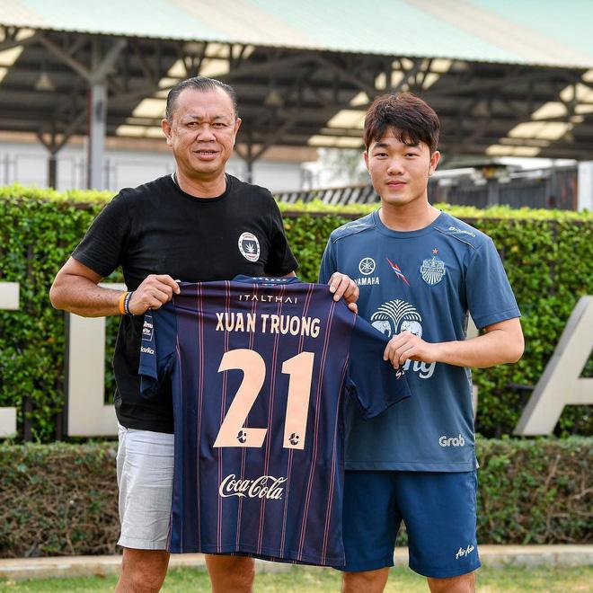 Xuân Trường mặc áo số 21, chính thức ra mắt Buriram United-1