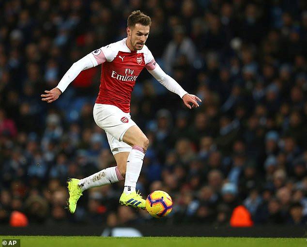 Ramsey nhận lương kỷ lục, chỉ kém Ronaldo tại Juventus-1
