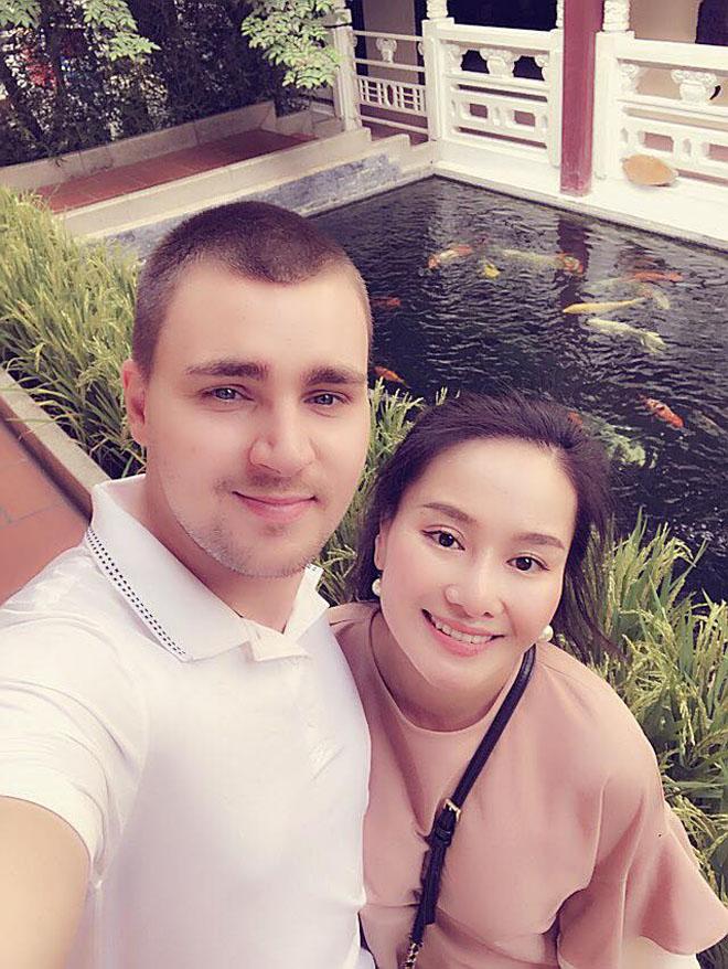 Vừa tung ảnh chân dung bạn trai Tây, vợ cũ MC Thành Trung lại bị bóc phốt người yêu?-1