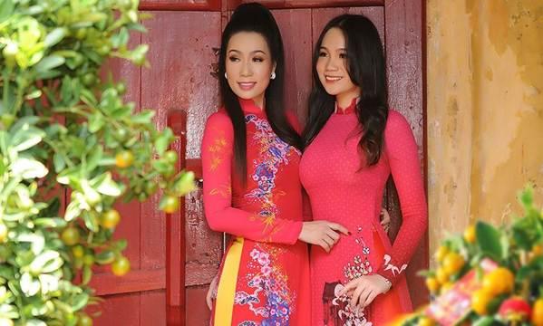 Bất ngờ con gái 16 tuổi xinh như hoa khôi của á hậu Trịnh Kim Chi-1
