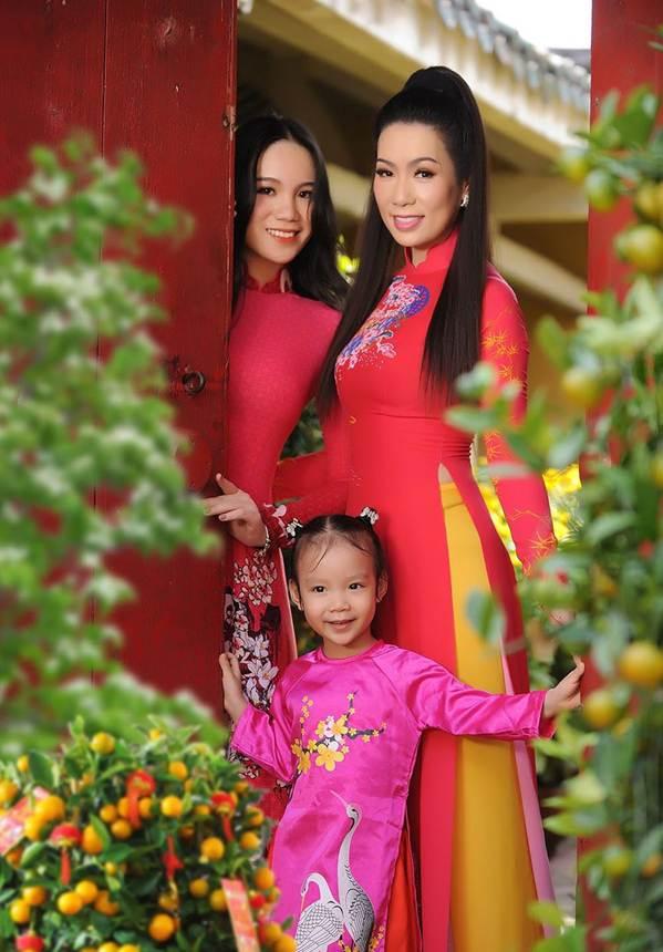 Bất ngờ con gái 16 tuổi xinh như hoa khôi của á hậu Trịnh Kim Chi-2