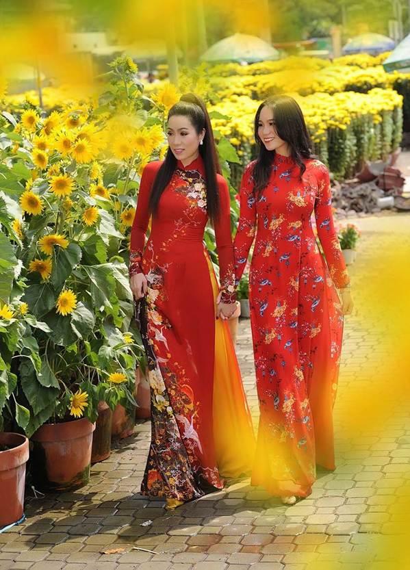 Bất ngờ con gái 16 tuổi xinh như hoa khôi của á hậu Trịnh Kim Chi-8