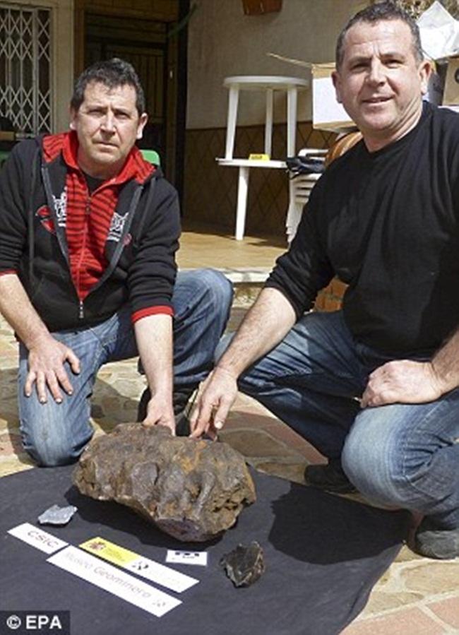 Nhìn qua xấu xí vô dụng, thực ra các khối đá này đáng giá tiền tỷ-10