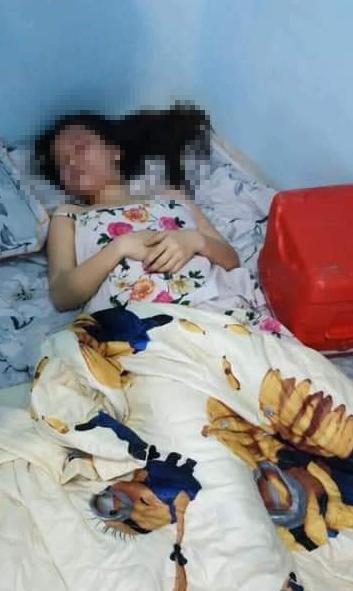 Chồng nghi sát hại vợ rồi tự tử, bỏ lại con nhỏ khóc ngất bên thi thể cha mẹ trong phòng trọ ở Đồng Nai-3