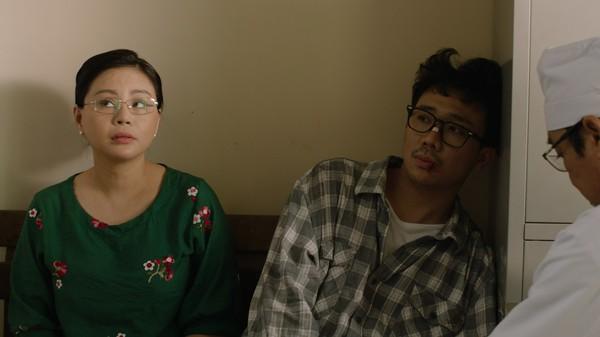 Phim trăm tỷ mùa Tết - Cua lại vợ bầu và Siêu sao siêu ngố có thực sự là tuyệt phẩm của điện ảnh Việt?-11