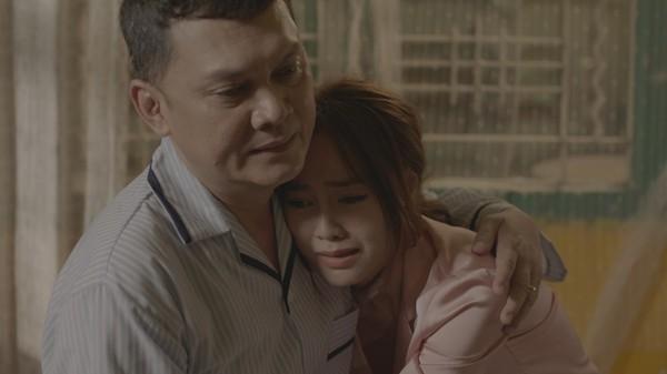 Phim trăm tỷ mùa Tết - Cua lại vợ bầu và Siêu sao siêu ngố có thực sự là tuyệt phẩm của điện ảnh Việt?-15