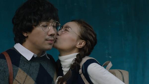 Phim trăm tỷ mùa Tết - Cua lại vợ bầu và Siêu sao siêu ngố có thực sự là tuyệt phẩm của điện ảnh Việt?-10