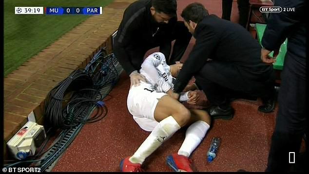 Bị fan MU ngược đãi và bị đội trưởng MU chơi xấu, ngôi sao PSG đáp trả bằng 2 pha kiến tạo đẳng cấp-2
