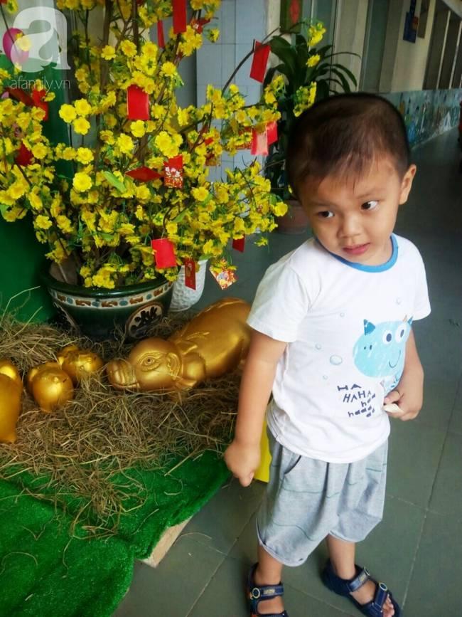Bé trai Vĩnh Long bị đâm xuyên não lúc mới sinh đón giao thừa cùng mẹ trong viện, ngổn ngang nỗi lo sau Tết-1