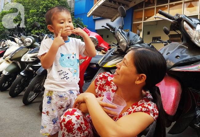 Bé trai Vĩnh Long bị đâm xuyên não lúc mới sinh đón giao thừa cùng mẹ trong viện, ngổn ngang nỗi lo sau Tết-4