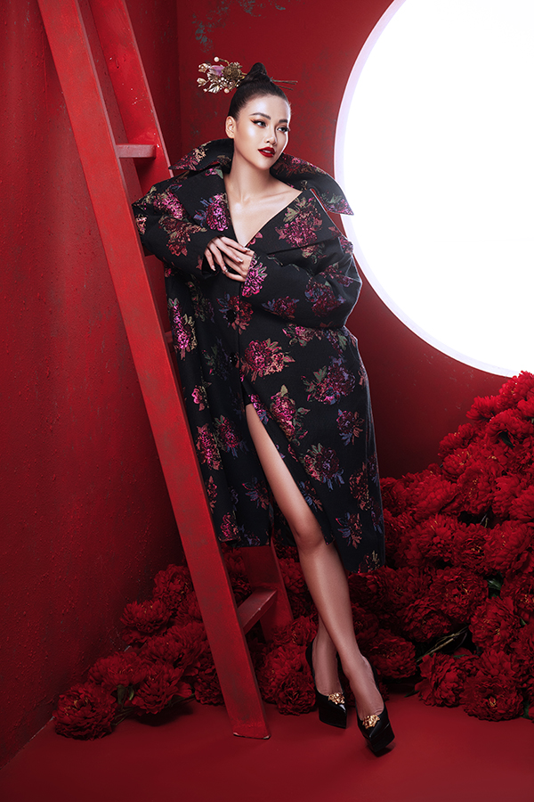 Hoa hậu Trái đất Phương Khánh tung bộ ảnh nữ hoàng quyền lực, đậm chất Á Đông-11